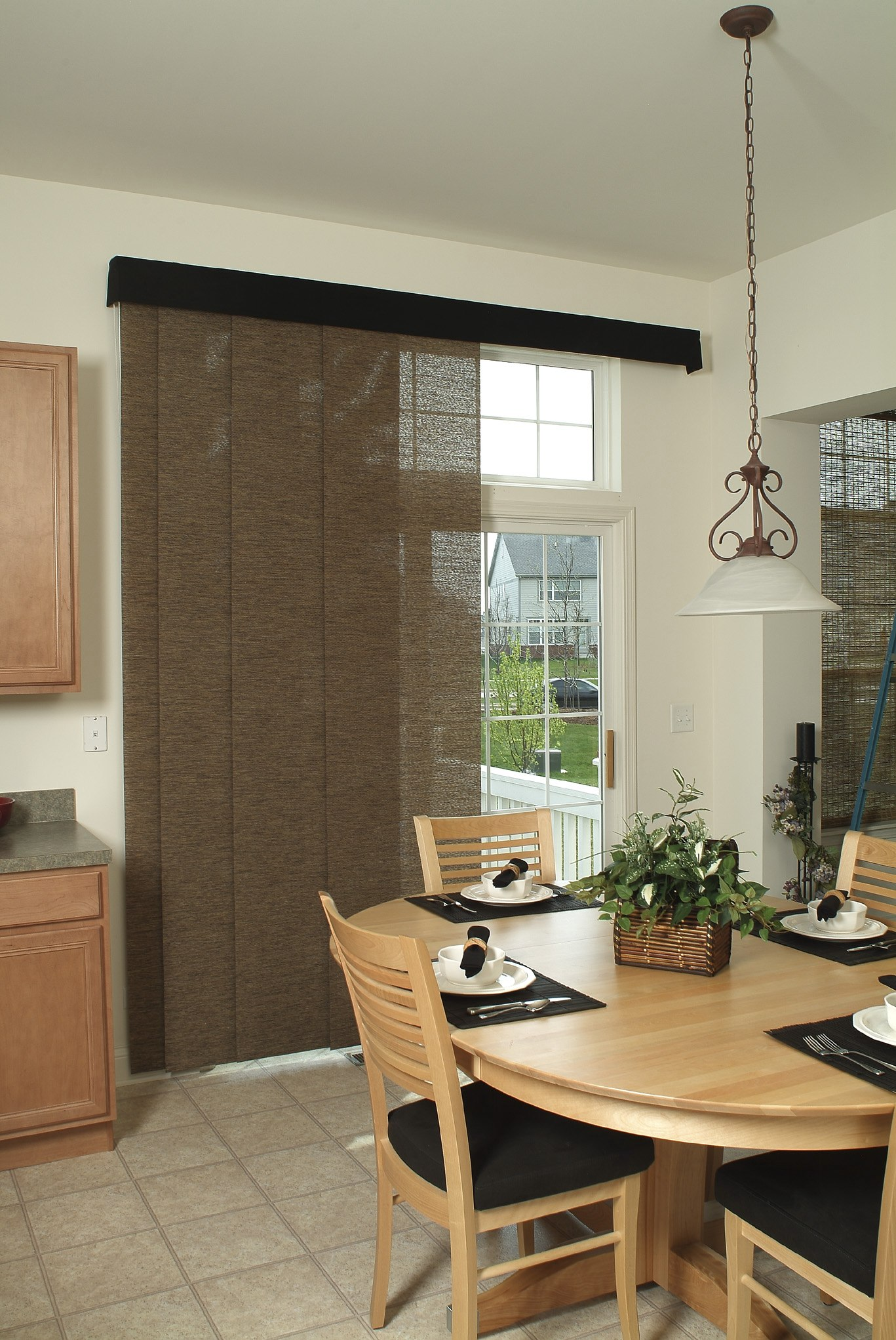 villa 39 s elance sliding panels from horizon villa blind and shutter. Black Bedroom Furniture Sets. Home Design Ideas