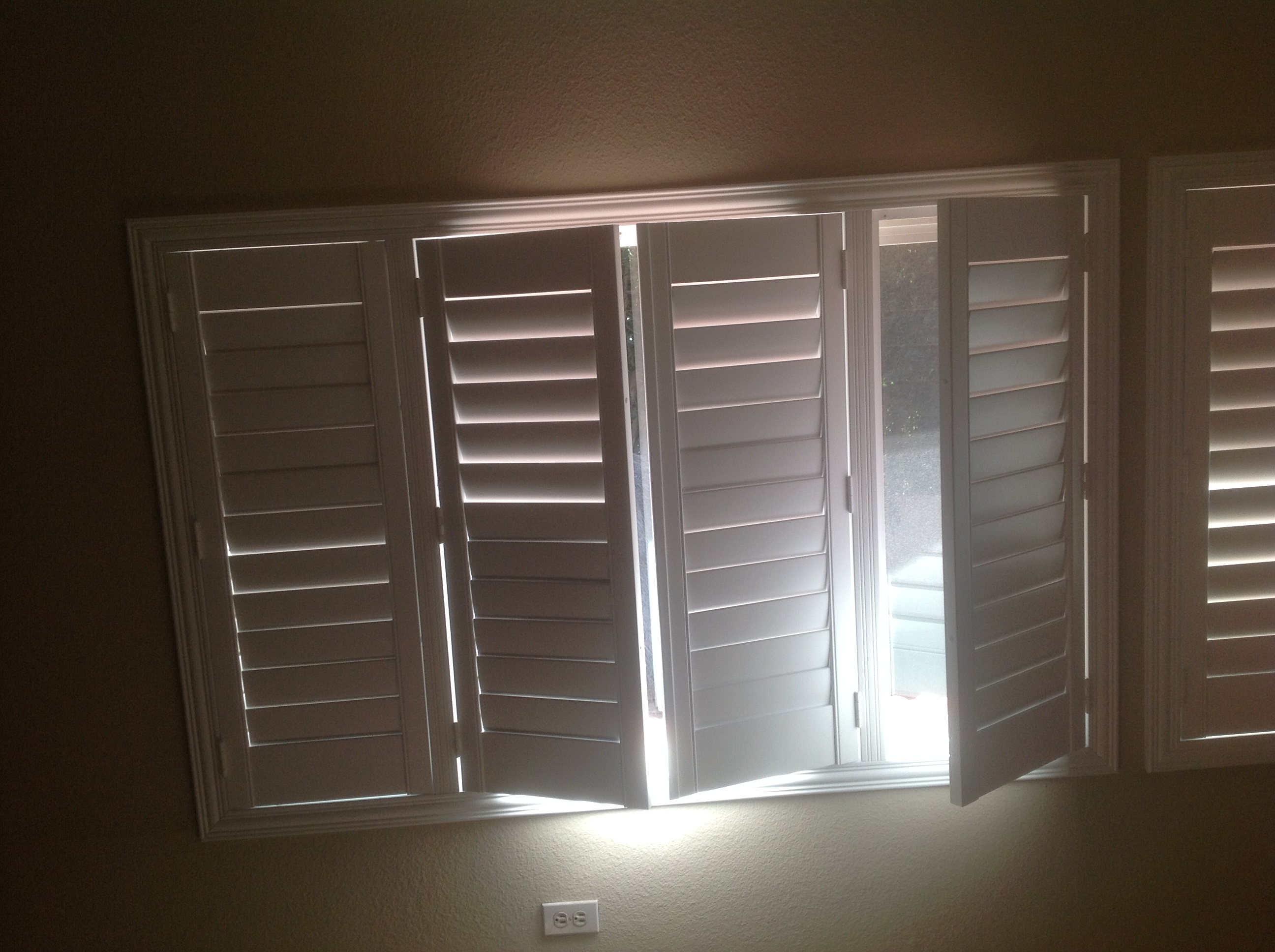 Shutter Design Villa Blind And Shutter