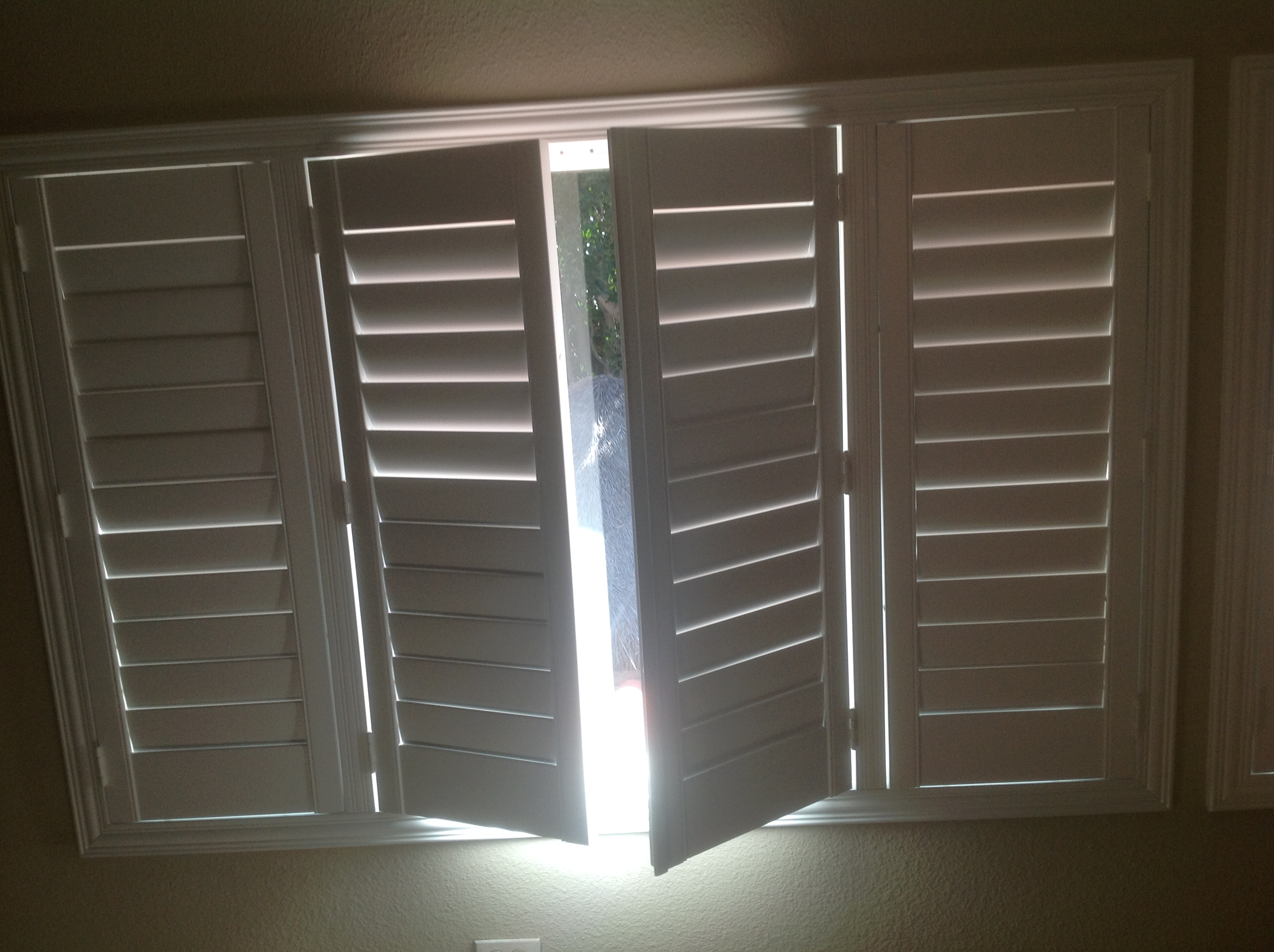 Wood Shutters Villa Blind And Shutter